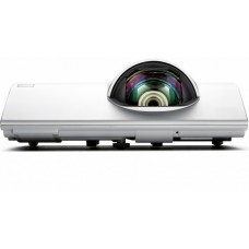Hitachi LCD XGA 3100 Lumens Projector CP-CX301
